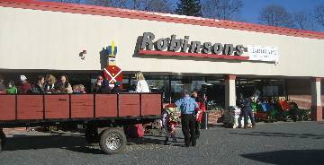 Contact Us - Robinsons Hardware and Rental Framingham, MA